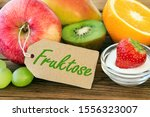 Small photo of Fresh fruits with label German: Fructose