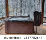 Outdoor Hot Tub On A Cabin Deck ...