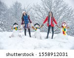 Group Of Beauty Winter Girls...