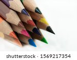 An image of set of color pencils.