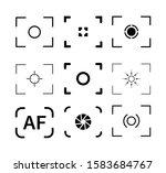 auto focus camera icon on white ...
