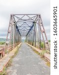 The historic Mackay bridge over the Sundays River at Colchester