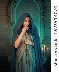 Luxury beauty elf queen...