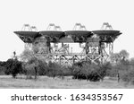 Small photo of ADU-1000 complex is a system of deep space communications and planetary radar in Crimea.