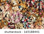Small photo of Be riotous with colour shells to string together color shell jewelry.