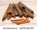 Compare  Cinnamomum Cassia And...