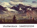 Alaska Mountain View Landscape...