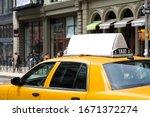 Taxi Top Advertising. Billboar...