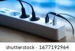 Power Plug With Usb Pot. Smart...