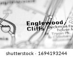 Englewood Cliffs on a geographical map of USA