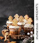 Christmas Cupcakes With...