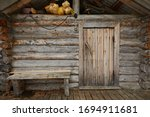 Wooden Old Door On The Log Wall ...