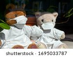 Teddy Bears With Face Masks And ...