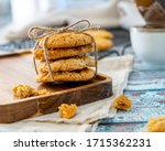 Traditional Anzac Biscuits On ...