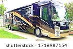 Luxury Motorhome Recreational...