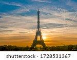 Beautiful View Of Famous Eiffel ...