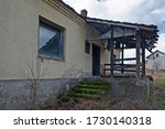 A Ruined Old Ruined House That...