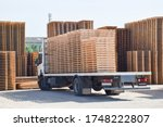 Wooden Substrates For Moving...