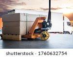 Large Shipments Pallet Goods...