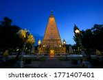 Beautiful Wat Phrathat Nong Bu...