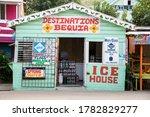 Port Elizabeth  Bequia  St....