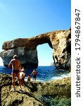 Malta 2005   Tourists Are Going ...