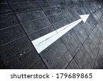 Street Single Arrow Direction...