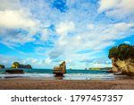 New Zealand. Cathedral Cove On...