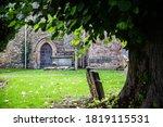 Green Grass Cemetery  Graveyard ...