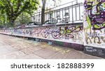Постер, плакат: Graffiti by Beatles fans