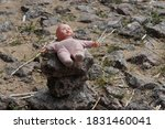 Baby Toy Bobblehead  Lost On...