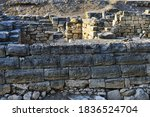 Small photo of Ancient wall. Kalos Limen (ancient Greek Κᾰλός Λ�μήν) is an ancient Greek city in the north-west of Crimea, which existed since the 4th century. BC.