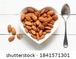 Top Piece Almond On Heart...