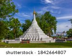 Wat Phra That Chae Haeng Or...