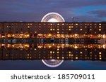 liverpool albert dock at night