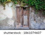 Abandoned  Old Wooden House In...