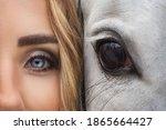 Eyes og girl and horse close up ...