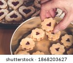 How To Store Christmas Cookies...