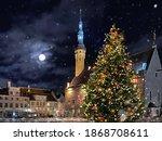 Winter  Tallinn Old Town Hall ...