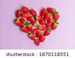 Fresh Red Strawberries In Heart ...