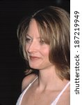 Small photo of Jodie Foster at AMMI TRIBUTE TO MEL GIBSON, NY 3/7/2002