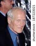 Small photo of Paul Newman at premiere of ROAD TO PERDITION, NY 7/9/2002