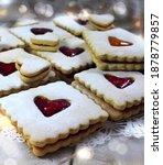 Vegan Linzer Cookies With Heart ...