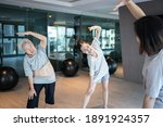 Healthy Old Elderly Exercise...