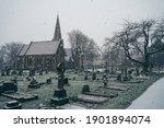 Isleworth Cemetery  London   Uk ...