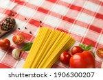 marinara pasta ingredients lie...