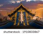 """""""wat Rong Seur Ten"""" Blue Temple ..."""