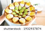 Easter Gingerbread On A Platter....