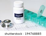 daily aspirin dose with... | Shutterstock . vector #194768885