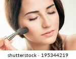 Постер, плакат: Makeup Applying closeup